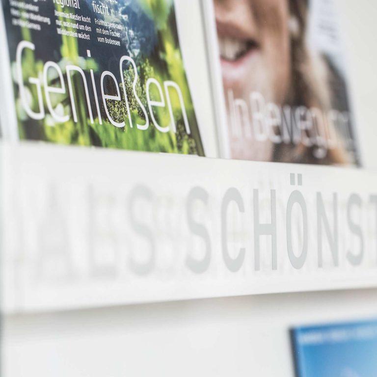 Vorarlberg Magazine, Prospekte, prospects, Broschüren, Informationen, Tipps für Ihren Ur (c) Petra Rainer / Vorarlberg Tourismus