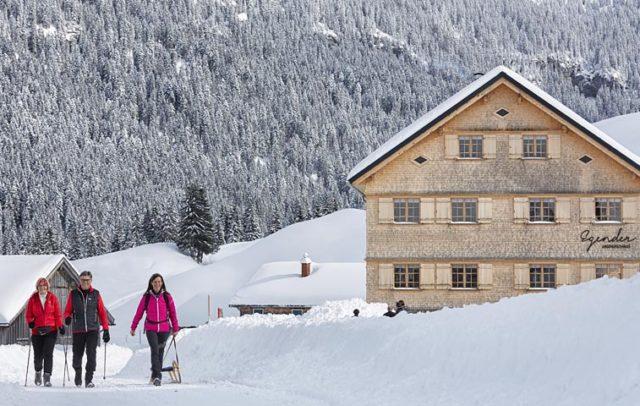 Kulinarisch Winterwandern im Bregenzerwald, Schönenbach (c) Adolf Bereuter / Bregenzerwald Tourismus