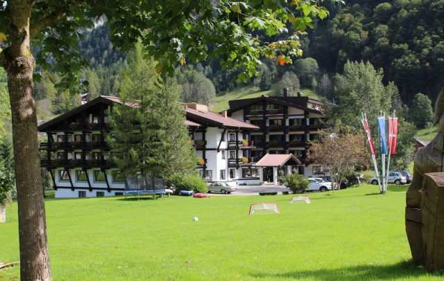 Top Family Familienhotel Sporthotel Beck, Brand, Alpenregion Bludenz, Außenansicht © Sporthotel Beck
