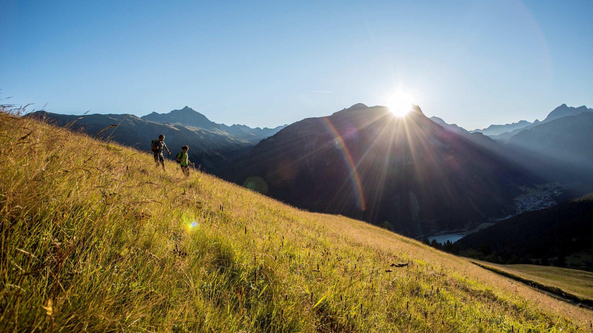Wandern in Gaschurn, Herbst im Montafon, Vorarlberg (c) Daniel Zangerl - Montafon Tourismus GmbH, Schruns