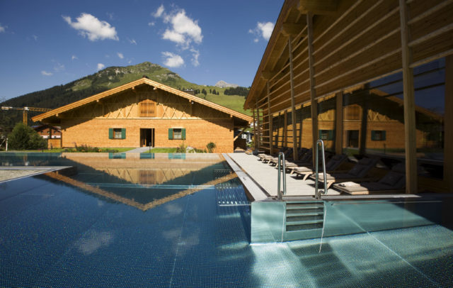 Hotel Gasthof Post lech Arlberg Pool (c) Hotel Gasthof Post