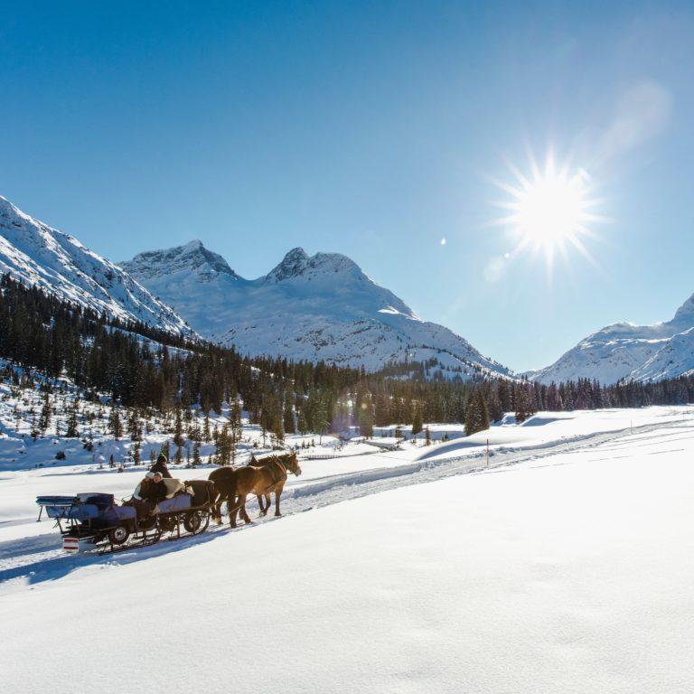 Winterzauber abseits der Pisten - Pferdeschlittenfahrt in Lech Zürs am Arlberg (c) Christoph Schöch