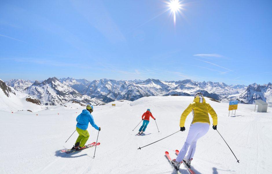 Skifahren Lech Zürs am Arlberg, Sonnenski (c) Josef Mallaun / Lech Zür Tourismus