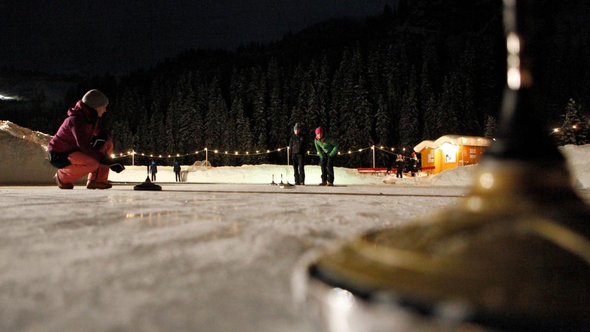 Natur-Eislaufplatz in Zug