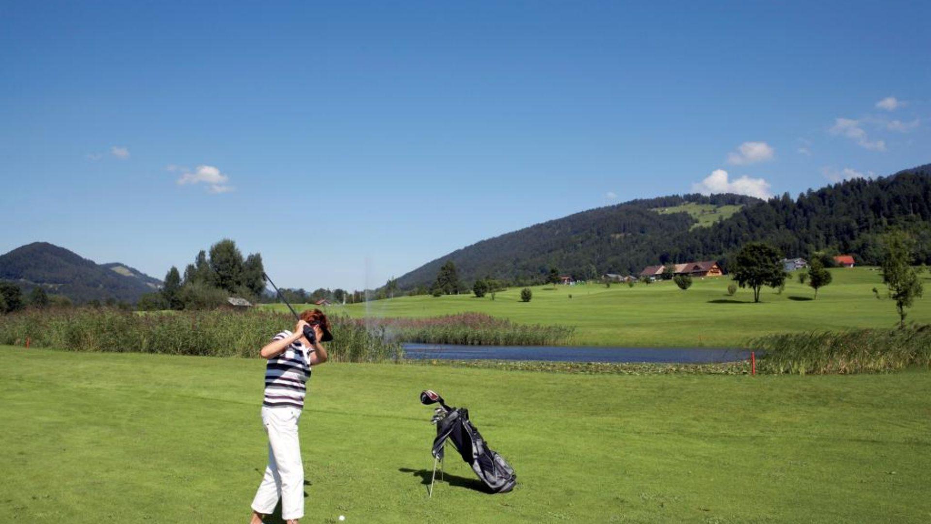 Weite Ausblicke im Golfpark Bregenzerwald