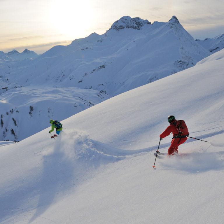 Ski Ride Vorarlberg, Skifahrer zwischen Warth und Lech (c) Sepp Mallaun