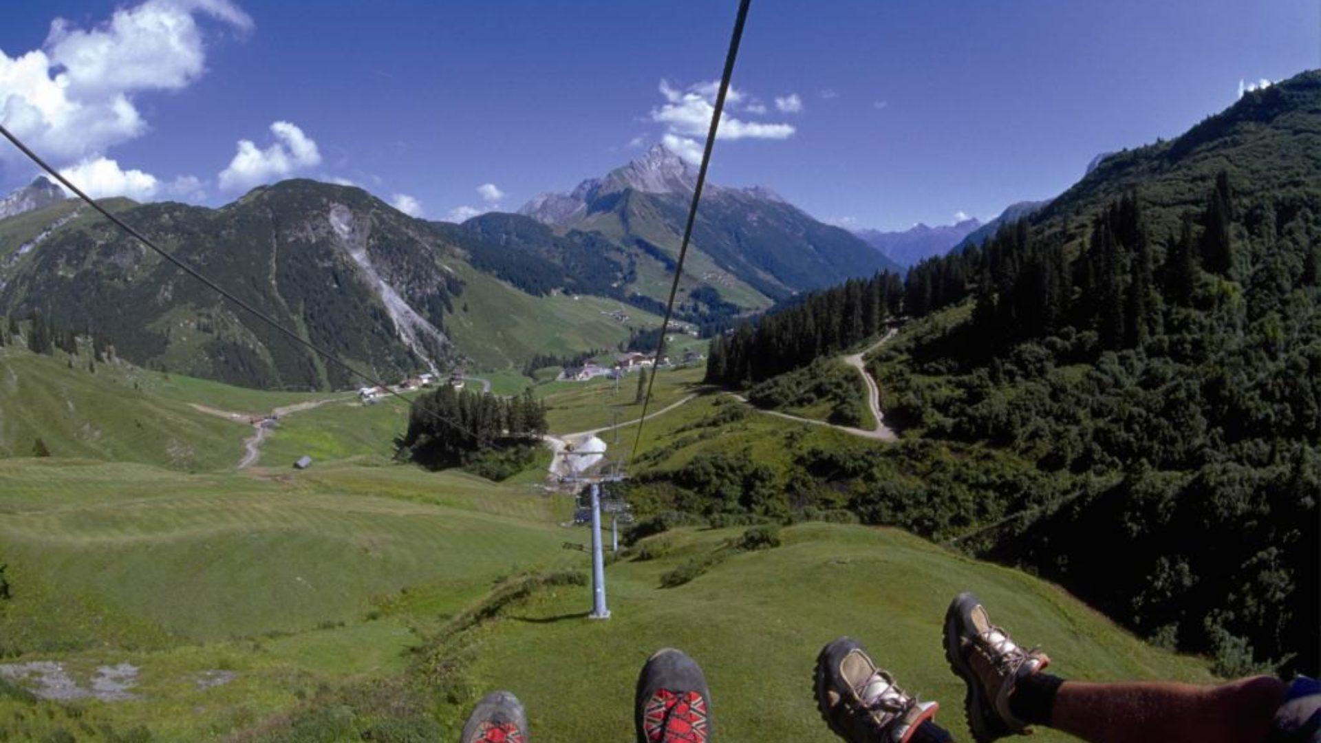 schöne Aussichten vom Sessellift Steffisalp Express
