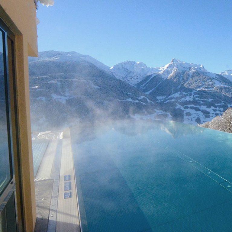 Wellnessurlaub Vorarlberg, Skypool im Hotel Fernblick, Montafon, Bartholomäberg, Wellnesshotel (c) Ferienhotel Fernblick