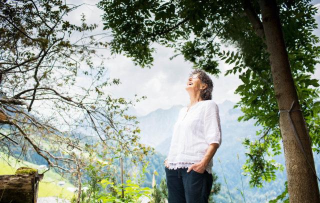 Elisabeth Burtscher liebt ihre Heimat, das Große Walsertal (c) Darco Todorovic