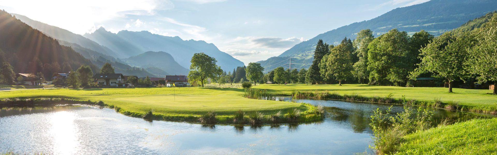 Golfplätze Vorarlberg, Golfclub Montafon (c) Matthias Rhomberg / Vorarlberg Tourismus