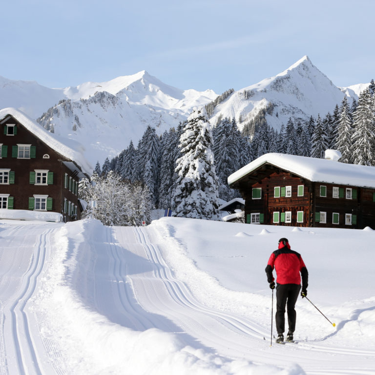 Langlaufen auf Vital-Loipen im Kleinwalsertal (c) Frank Drechsel / Kleinwalsertal Tourismus eGen