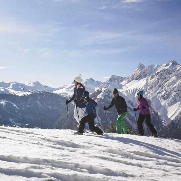 Bergerlebnis Familie - Schneeschuhwandern Tourentipps, Vorarlberg, Montafon © Alex Kaiser - Montafon Tourismus GmbH, Schruns