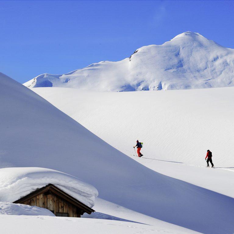 Tourengeher am Arlberg (c) Sepp Mallaun-Vorarlberg Tourismus