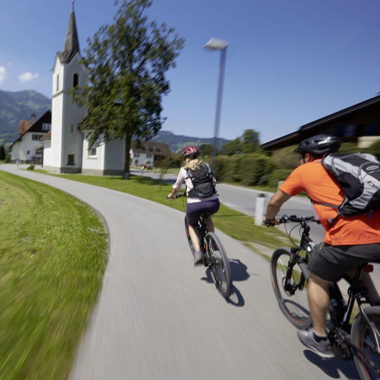 E-Bike, Vom Bodensee ins Montafon (c) Peter Mathis / Vorarlberg Tourismus