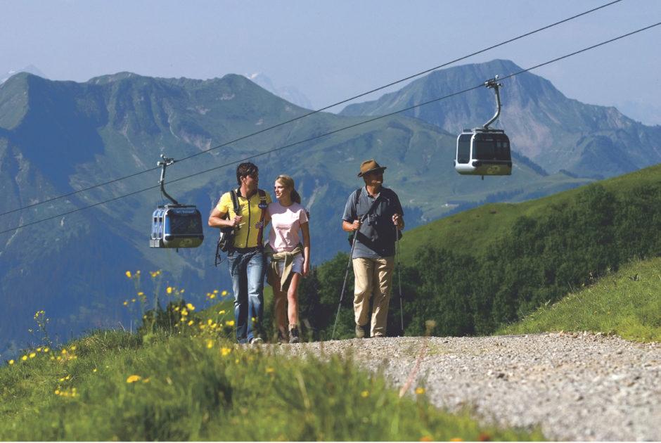 Wandern mit der Seilbahn, Diedamskopf, Bregenzerwald, Bergbahn (c)