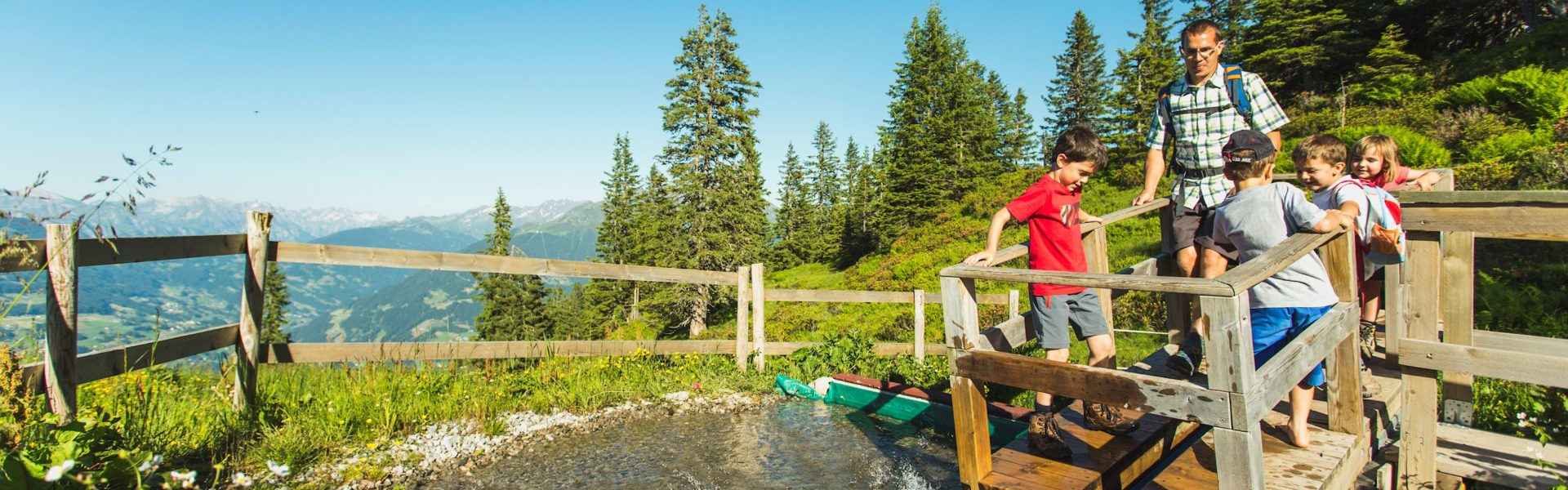 Familienwandern, Wandern mit Kindern, Golmis Forschungspfad (c) Illwerke Tourismus