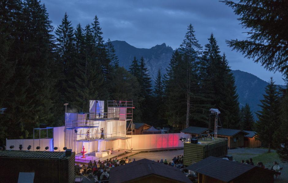 Shakespeare am Berg, Aufführung Romeo und Julia (c) Darko Todorovic / Vorarlberg Tourismus