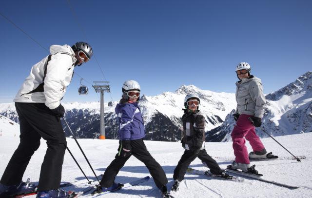 Familienhotel Mateera Montafon, Skifahren © Schwärzler Hotel Management
