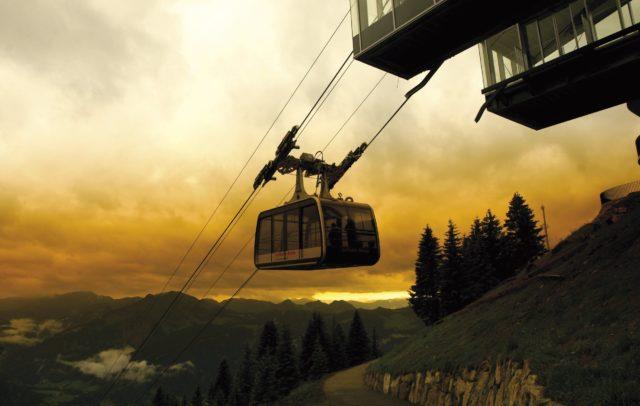 Seilbahn Bezau, Sonnenuntergangsfahrt (c) Vorarlberg Tourismus