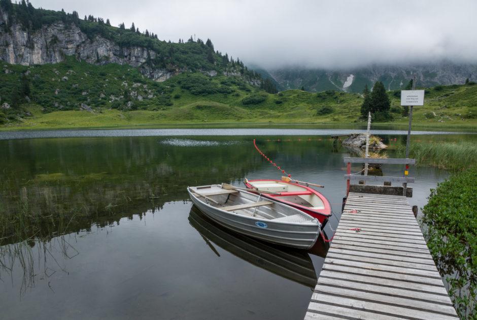 Am idyllisch gelegenen Körbersee am Hochtannberg © Helmut Düringer / Vorarlberg Tourismus