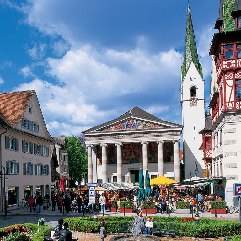 Dornbirner Marktplatz, Kirche St. Martin(c) Dietmar Walser - Vorarlberg Tourismus © Dietmar Walser null