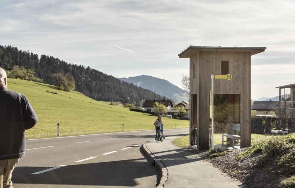 Busstop Krumbach, Oberkrumbach © Albrecht Imanuel Schnabel / Vorarlberg Tourismus