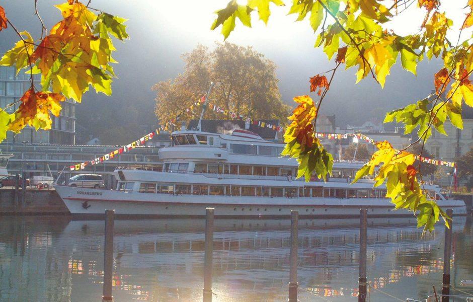 Vorarlberg Lines, Bodenseeschifffahrt, Herbst im Hafen Bregenz (c) Vorarlberg Lines