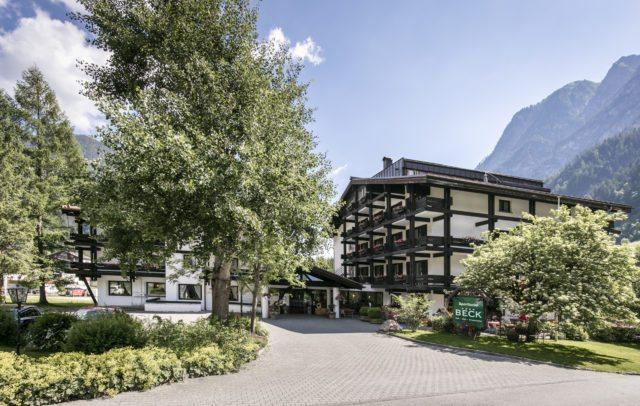 Top Family Vorarlberg, Familienhotel, Sporthotel Beck, Außenansicht Sommer © Sporthotel Beck