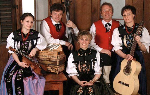 Montafoner Resonanzen, Volksmusik, Hausmusik Kraft (c) Hausmusik-Kraft