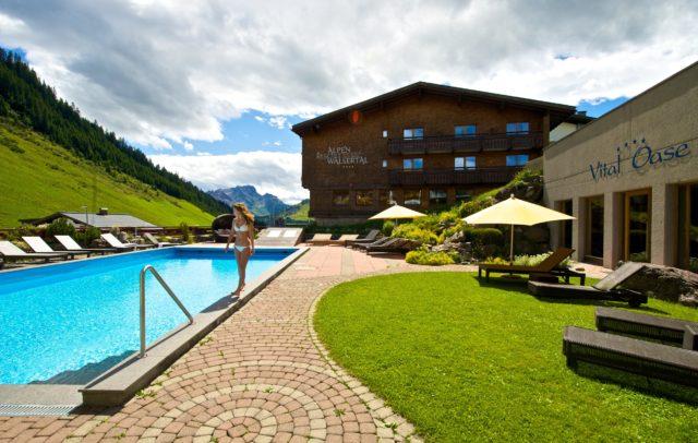 Top Family Familienhotel Alpenresort Walsertal, Außenpool © Alpenresort Walsertal