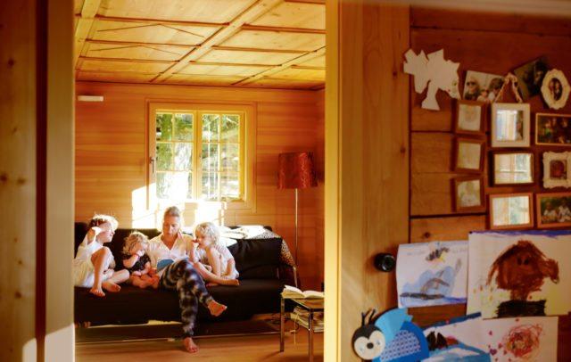 Familie Brugger Montafon alt neu (c) Peter Rigaud