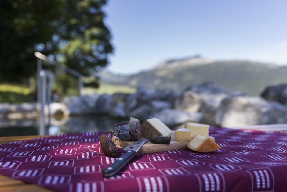 Gourmet hike and cooking on the alp (c) Oliver Farys-Kleinwalsertal Tourismus eGen