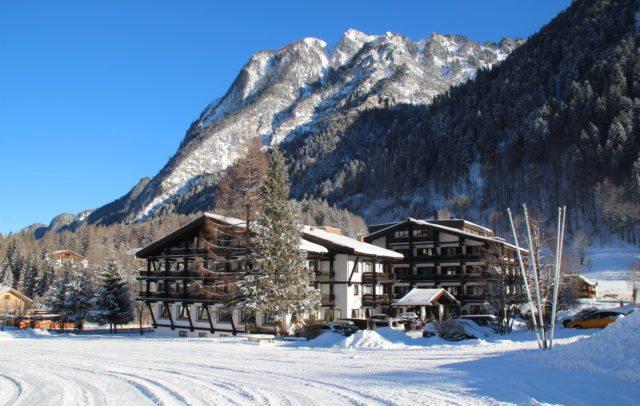 Top Family Vorarlberg, Familienhotel, Sporthotel Beck, Außenansicht Winter © Sporthotel Beck