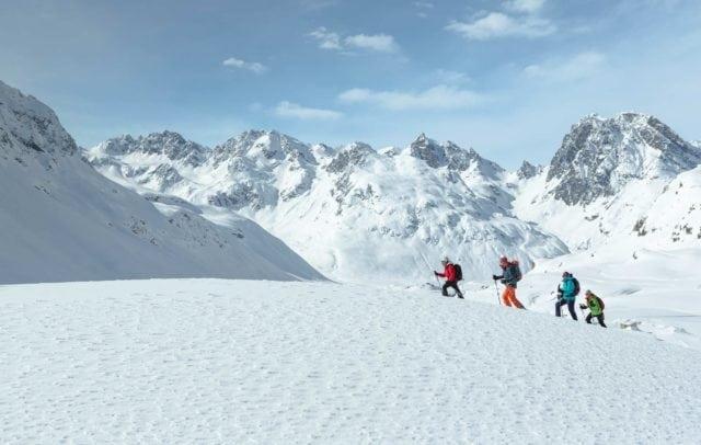 Schneeschuhwandern Bielerhöhe, Silvretta, Stausee (c) Stefan Kothner, Montafon Tourismus GmbH, Schruns