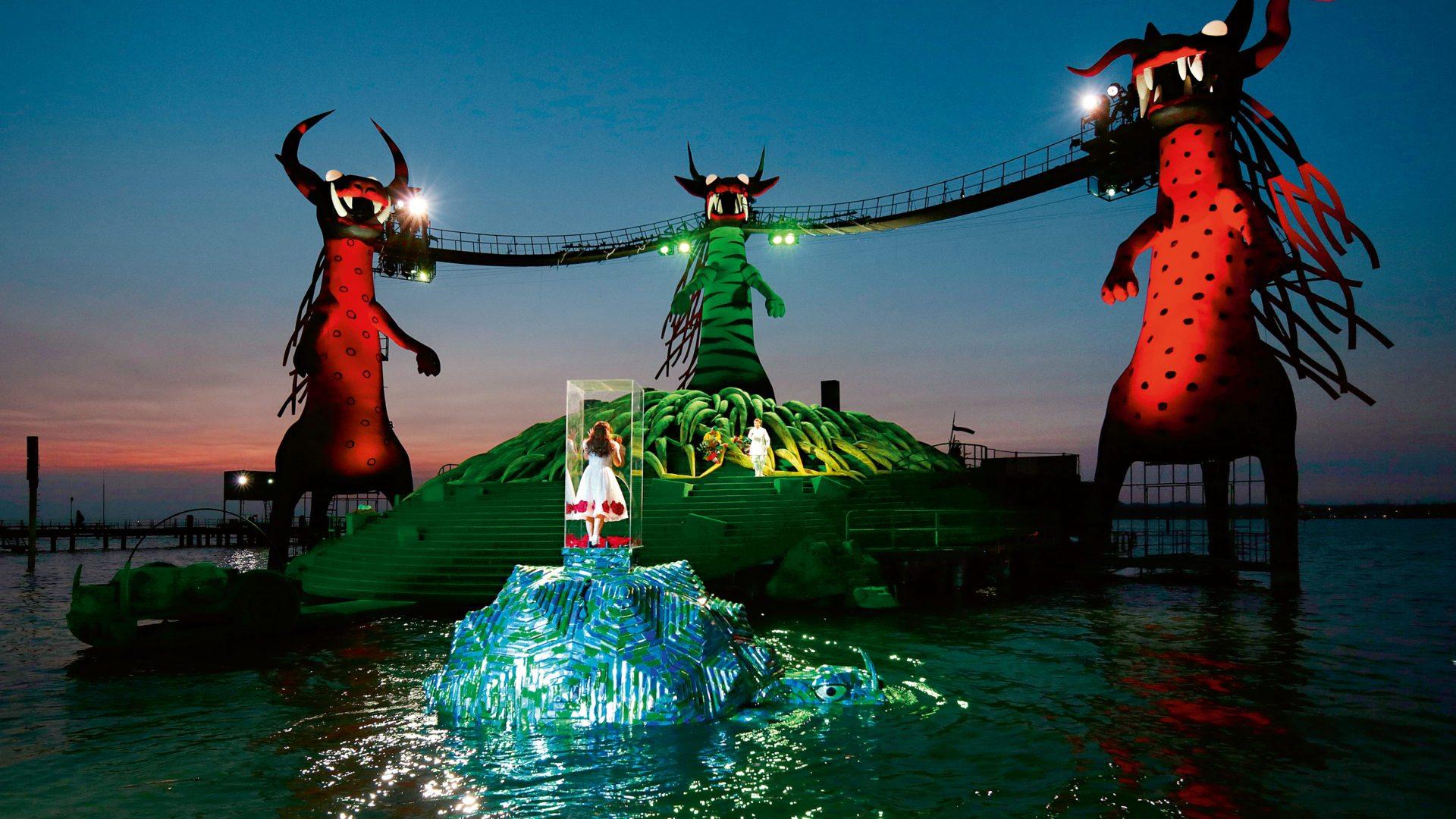 Zauberfloete-Seebuehne-(c)-Bregenzer-Festspiele-Anja-Koehler