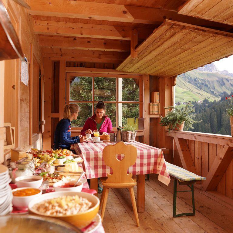 Bergfrühstück auf der Alpe (c) Ludwig Berchtold - Bregenzerwald Tourismus