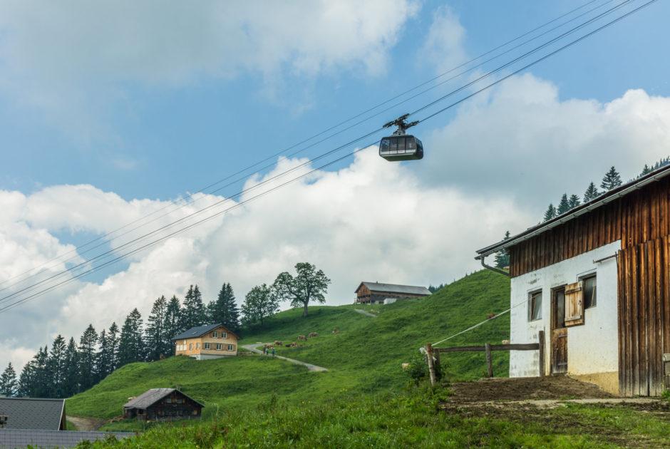 Sonderdach mit Seilbahn Bezau © Helmut Düringer / Vorarlberg Tourismus GmbH