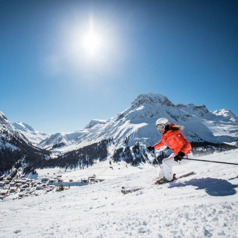 Skiing in the sun, Lech Zürs am Arlberg (c) Christoph Schoech