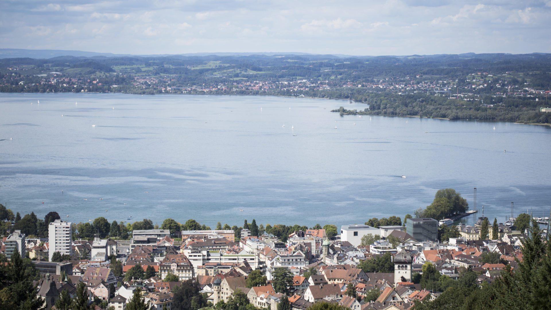 Blick auf Bregenz, Bregenzer Bucht, Bodensee (c) Petra Rainer / Bodensee-Vorarlberg Tourismus