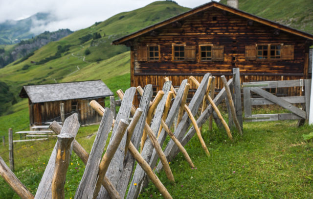 Typisches Walserhaus in Bürstegg © Helmut Düringer / Vorarlberg Tourismus GmbH