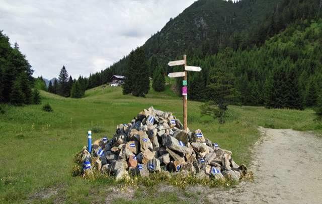 Alpine Art Kunstweg Muttersberg, Station 1, Maria Anwander (c) Alpenregion Bludenz Tourismus