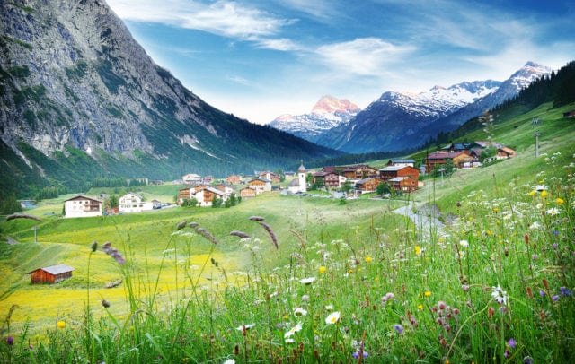 Top Family Familienhotel Rote Wand, Lech am Arlberg, Blick auf Zug © Christian Schramm/Hotel Rote Wand