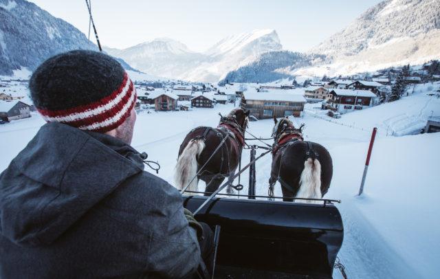 Schoppernau Pferdeschlitten-5 OEW Winterzauber © Sebastian Stiphout / Österreich Werbung