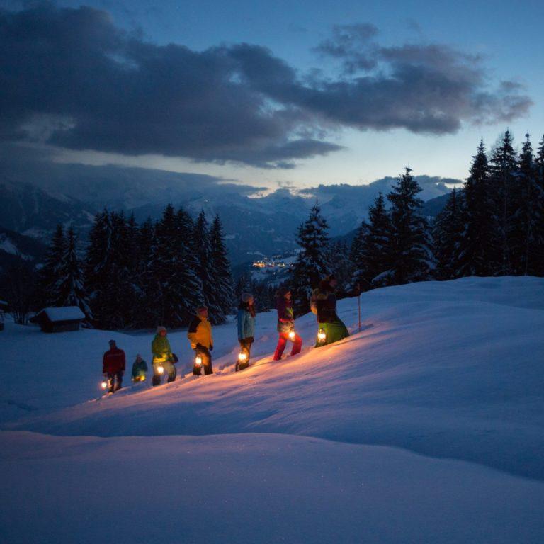 Vollmond-Sagenwanderung am Kristberg mit Hertha Glück (c) Montafon Tourismus GmbH - Stefan Kothner.jpg