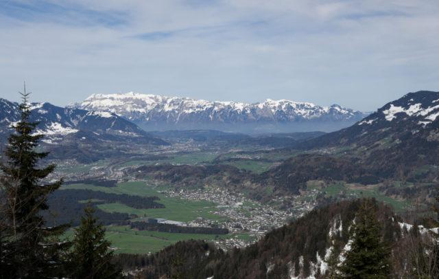 Wandern Muttersberg-Bludenz-Walgau im Frühling (c) Verena Hetzenauer-Vorarlberg Tourismus
