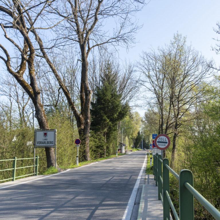 Alter Rhein Rundweg Grenzübergang Schmitter, Rückreise © Agnes Ammann