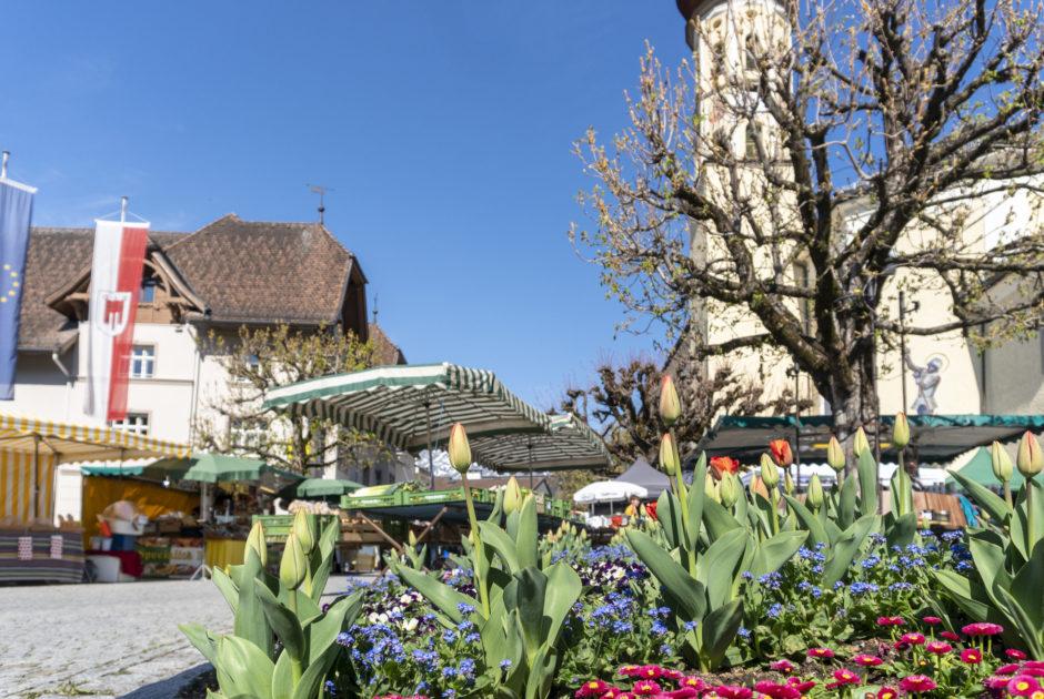 Markt am Kirchplatz Schruns © Agnes Ammann / Vorarlberg Tourismus