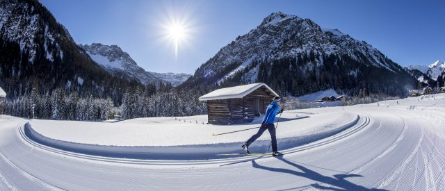 Langlaufen Steinbock Loipe, Kleinwalsertal @Dominik Berchtold / Kleinwalsertal Tourismus eGen