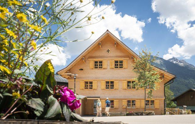 Revitalisiertes Haus Mittelberg © Dietmar Denger / Vorarlberg Tourismus