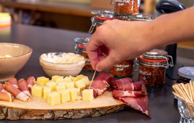 Schnabulieren und degustieren im Culinara © Gregor Lengler / Vorarlberg Tourismus